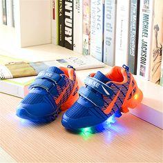 Новая коллекция весна и лето спорт кроссовки девушки парни повседневная Shoes с свет кроссовки дети светодиодные чистые дышащие дети shoes size 21-35
