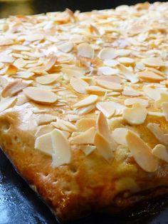 Meine grüne Wiese: Gedeckter Apfelkuchen vom Blech (Rezeptlink im Post)