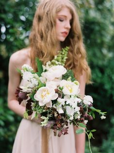 Floral Workshop with Bridal Bouquet Inspiration | Wedding Sparrow | Heather Hawkins Photography and Bows and Arrows Florals