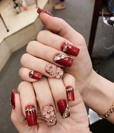 3d Nail Designs, Nail Art Designs Videos, Acrylic Nail Designs, Elegant Nails, Stylish Nails, Burgundy Acrylic Nails, Fancy Nails, Love Nails, Plaid Nails