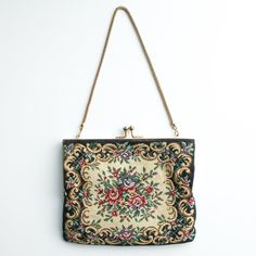 Vintage Tapestry Purse with Gold Chain Strap. Vintage floral tapestry cloth purse, with gold frame, kiss clasp, and short gold chain strap. Vintage Clothing, Vintage Outfits, Vintage Floral, Gold Chains, Kiss, Tapestry, Shoulder Bag, Purses, Frame