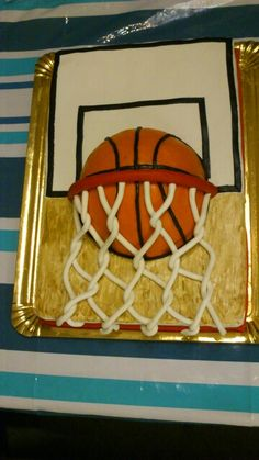 Tarta canasta baloncesto