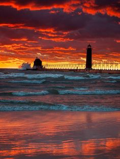 Orange Sky at Sunset over Grand Haven Pier and Lighthouse, Snug Harbor, Grand Haven, Ottawa County, Michigan. Beautiful Sunset, Beautiful World, Beautiful Places, Beautiful Pictures, Lighthouse Pictures, Grand Haven, All Nature, Amazing Nature, Belle Photo