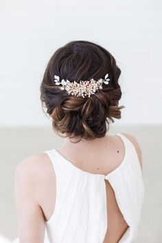 Gold Wedding Headpiece Wedding Hair Vine Crystal by GildedShadows - Nursery Ideas Headpiece Wedding, Bridal Headpieces, Wedding Hair Vine, Bridal Updo, Chignon Wedding, Wedding Hair Combs, Medium Wedding Hair, Bridal Hair Half Up Medium, Gold Headpiece