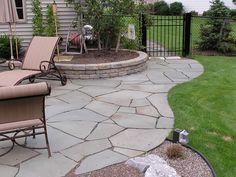 Craft Central: Slate Patio Tiles for Unique Beauty of Stone Patios Curved Patio, Slate Patio, Patio Tiles, Flagstone Patio, Pergola Patio, Backyard Patio, Backyard Landscaping, Slate Pavers, Flagstone Flooring