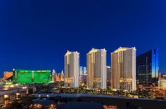 Signature Suites at MGM Grand - Signature Balcony Deluxe Suite #mgm #lasvegas  www.fabulousindeed.com