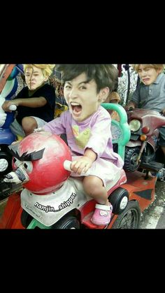 Read Chap 4 from the story 《Maknae BTS Bts Memes Hilarious, Bts Funny Videos, Foto Bts, Namjin, Bts Taehyung, Bts Jungkook, Flipagram Video, Bts Funny Moments, Bts Meme Faces