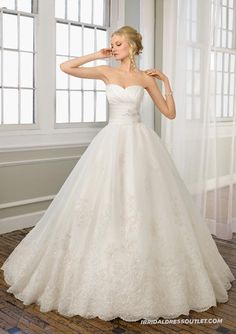 White Sweetheart Princess Ball Gown Slim Waist Wedding Dress WPD7614 Makes You The Stunning | New Style Of Vintage Cocktail Dresses For Sale Is A Must