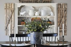 Modern Farmhouse Dining Table Decor Ideas, While the oval coffee table has a distinctive design, you are able to still add a few details to it. Dining Room Table Centerpieces, Dining Room Wall Decor, Decoration Table, Dining Room Design, Kitchen Decor, Centerpiece Ideas, Everyday Centerpiece, Kitchen Ideas, Bedroom Decor