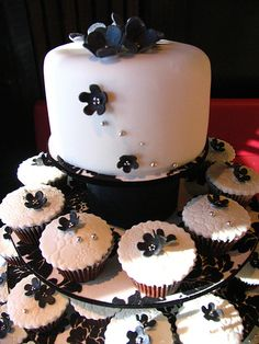 another nice one. I like the texture of the fondant covered cupcakes.