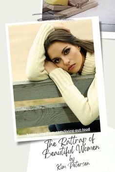 Real People, Crochet Hats, Beautiful Women, Fashion, Knitting Hats, Moda, Fashion Styles, Beauty Women, Fashion Illustrations