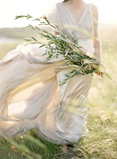 Romantic Windblown Bride in Samuelle Couture | Jose Villa Photography | Natural Gold - An End of Summer Wedding