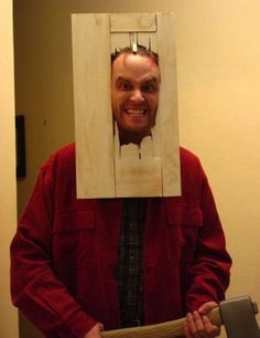 Men, we've got your simple costume ideas for Halloween covered! Check out 15 easy DIY Halloween costumes that guys can do in a pinch. Best Halloween Costumes Ever, Homemade Halloween Costumes, Halloween Outfits, Halloween Fun, Group Halloween Costumes For Adults, Halloween Clothes, Halloween Pictures, Group Costumes, Cool Costumes For Guys