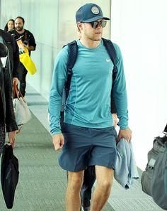June 4: Niall arriving in Sydney
