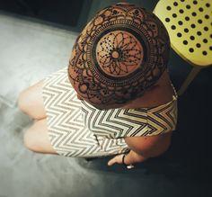 crown Jagua/henna tattoo design by Ana's Work. Henna design, Jagua Design.