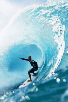Kelly Slater at Pipe... Photo by Brent Bielmann. surf, surfing, surfer, waves, big waves, barrel, covered up, ocean, sea, water, swell, surf culture, island, beach, drop in, surf's up, surfboard, salt life, #surfing #surf #waves