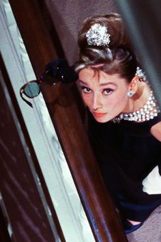 film fashion queue audrey hepburn old hollywood Breakfast at Tiffany's 1960's