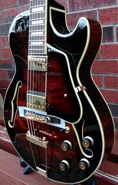 Easy Guitar, Guitar Tips, Guitar Art, Music Guitar, Guitar Chords, Cool Guitar, Guitar Lessons, Playing Guitar, Acoustic Guitars