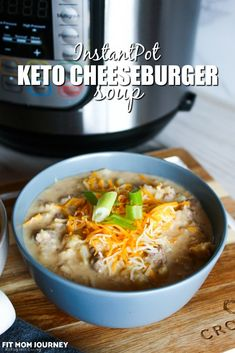 All the flavors of a cheeseburger, but in a warm, comforting bowl of soup. Keto Cheeseburger Soup is made in the InstantPot - and reheats well the day after! Low Carb Recipes, Soup Recipes, Dinner Recipes, Healthy Recipes, Healthy Cooking, Keto Bagels, Keto Foods, Keto Snacks, Gumbo Slow Cooker