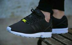 Adidas Originals ZX flujo corriendo zapatilla S N E K e r s
