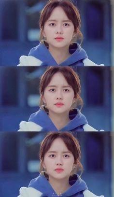 Kim so hyun ( kimjojo) Love alarm Netflix drama🎥💓💕😍 Kim So Hyun Fashion, Netflix Dramas, Kim Sohyun, Ulzzang Couple, Korean Actors, Korean Drama, Kdrama, Love, Beautiful