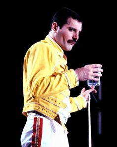 Music Jam, Lucy Boynton, Queen Freddie Mercury, Love Of My Life, Rami Malek, Bohemian, Memes, Amazing, Meme