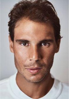 Lors de la night dession de mercredi, Rafael Nadal a inauguré le toit du…