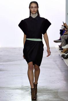 Giambattista Valli Fall 2013 Ready-to-Wear Fashion Show - Marine Deleeuw (Elite)