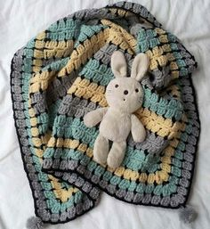Retro Baby....Buggy Blanket Love this color combo!