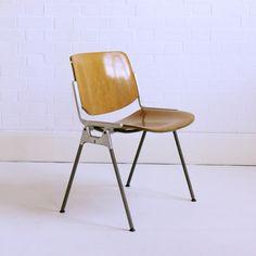 Castelli chairs by Giancarlo Piretti