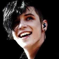 Výsledek obrázku pro andy biersack smile with black hair