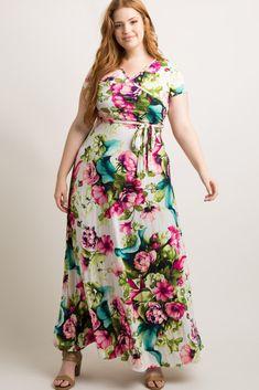Floral printed plus size wrap maxi dress. V-neckline. Floral Plus Size Dresses, Plus Size Long Dresses, Flower Dresses, Yellow Pencil Skirt Outfit, Black Lace Midi Dress, Maternity Midi Dress, Maxi Wrap Dress, Pear Shape Fashion, Plus Size Sewing