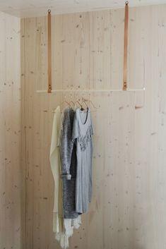 Albmi Hanger - Gedigo Piece of Finland