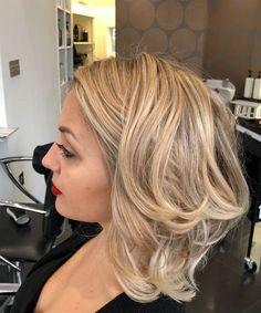 Lovely Layered Balayage Medium Hairstyles 2018 for Women