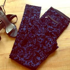 Black Velvet Print Pants Zipper Front Pockets Gorgeous skinny leg pants with a deep blue background and a soft velvet print on top. 2 zipper front pockets and 2 normal pant pockets in the back. Great like new condition, worn once for a couple hours!  Size is a small. Forever 21 Pants