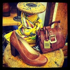 Fall Arrivals from #Frye: The Carson Pump & Crossbody Pouch! #blissboutiques