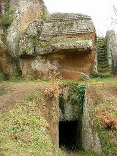 norchia tombs, Italy, Ertuscan