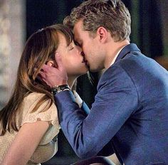 FIFTY SHADES OF GREY #fiftyshadesofgrey  #dakotajohnson  #jamiedornan