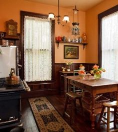 Shirred lace panels suit big windows in a Victorian kitchen. (Photo: Blackstone Edge)