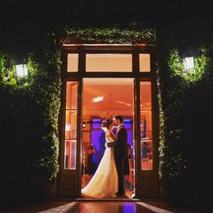 #wedding #party #weddingparty #Fearless #celebration #bride #groom #destinationweddingphotographers #happy #happiness #unforgettable #love #forever #weddingdress #destinationwedding #weddingphotography #family #ig_argentina #together #ceremony #romance #junebugsweddings #weddingday #flowers #celebrate #instawed #bodas #party #weddingphotos #congratulations #weddingphotographersociety