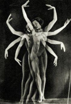 inscriptiones:    allegorie della danza