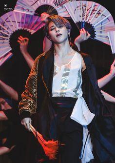 Literally 42 HD Photos of Jimin, Jungkook, and JHope from Their Stellar Performance at Melon Music Awards] Park Ji Min, Bts Boys, Bts Bangtan Boy, Jhope, Taehyung, Foto Bts, Bts Photo, Busan, K Pop