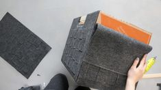 DIY Felt Box Diy Recycled Storage, Recycling Storage, Diy Storage Containers, Diy Storage Boxes, Cardboard Storage, Cardboard Boxes, Rope Crafts, Diy Home Crafts, Living Pequeños