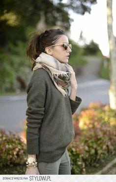 Loose grey sweater, beige scarf, olive green skinny cargo pants