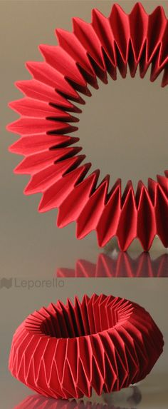Leporello - the first of a series of paper jewelry - bracelet Harlequin