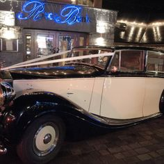 1950 Rolls Royce Silver Wraith timeless vintage car for bride grooms with style. An excellent choice for your special wedding day Rolls Royce Silver Wraith, Wedding Car, Dublin, Vintage Cars, 1950s, Ireland, Favorite Things, Classic Cars, Irish