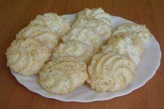 Kókuszcsók – Olcsó és kiadós kókuszos sütemény - Tudasfaja.com Hungarian Desserts, Hungarian Recipes, No Bake Desserts, Dessert Recipes, Baking Recipes, Cookie Recipes, Ital Food, Sweet Cookies, Diy Food