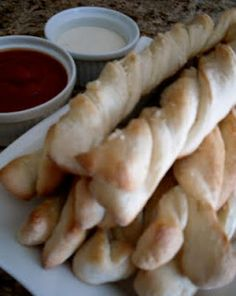 Homemade Pizza Factory Breadsticks on SixSistersStuff.com