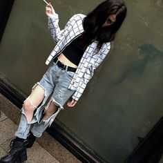 love the flannel (jeans are a little too ripped for my liking though hah)