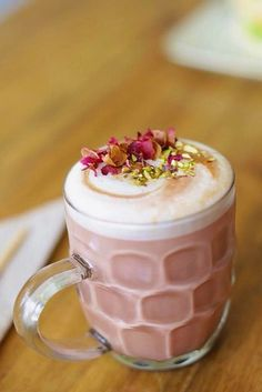 Rose Latte – The Coffee Room